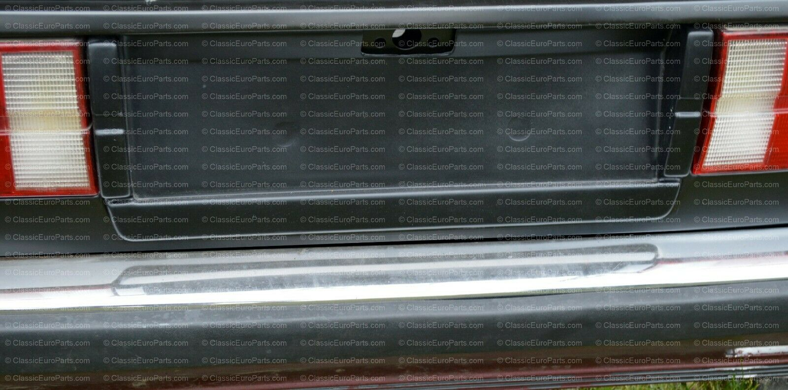 Euro plate filler / heckbende with taillight extensions for early model E30
